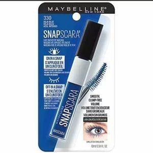 New Maybelline Snapscara Dena Blue Mascara